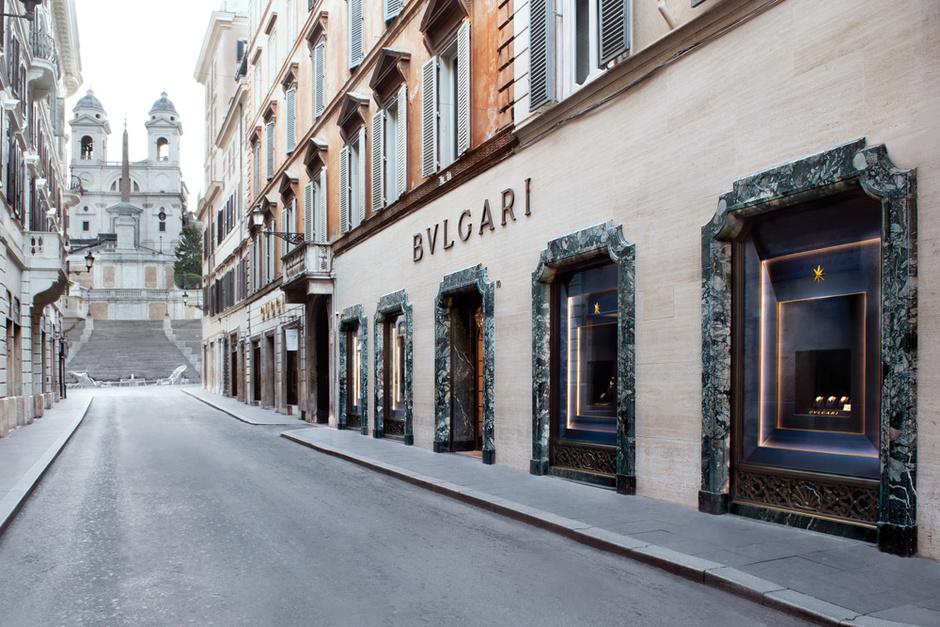 Фасад бутика Bulgari.