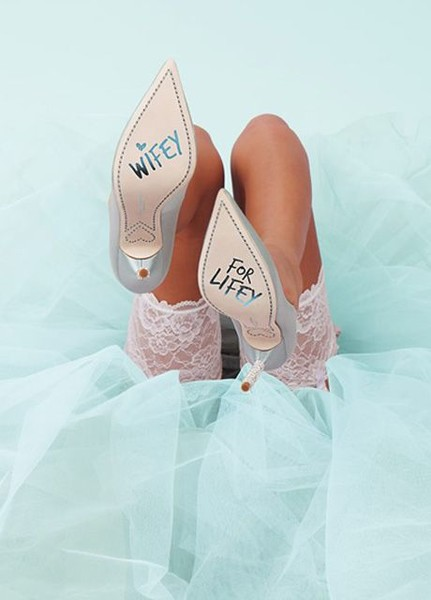 София Вебстер представила дебютную коллекцию свадебной обуви | галерея [1] фото [4]