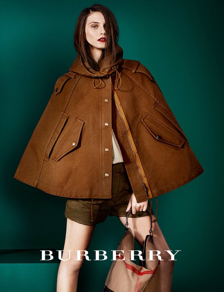 Burberry создал коллекцию для Printemps