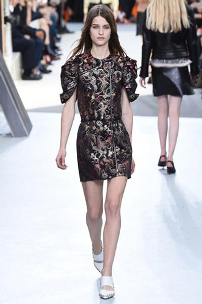 Неделя моды в Париже: показ Louis Vuitton ready-to-wear осень-зима 2015/16 | галерея [1] фото [6]