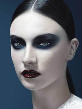Жаклин Яблонски в рекламной кампании Givenchy Beauty