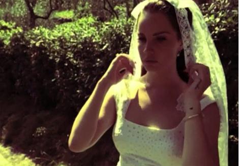Лана Дель Рей в клипе Ultraviolence
