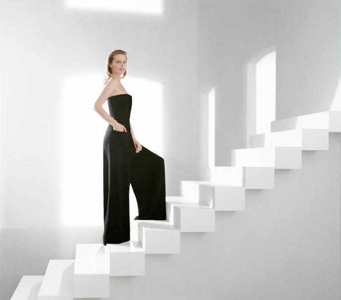 Ева Герцигова в новой рекламной кампании гаммы средств Capture Totale