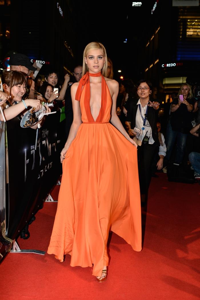 Платье с глубоким декольте от Prada