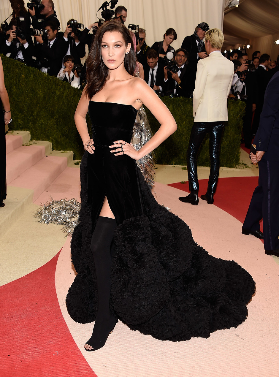 Белла Хадид в Givenchy
