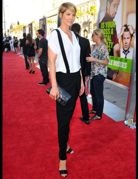 Jenna Elfman-bosses