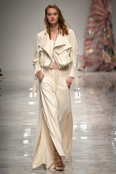 Неделя моды в Милане: день третий   галерея [1] фото [13]