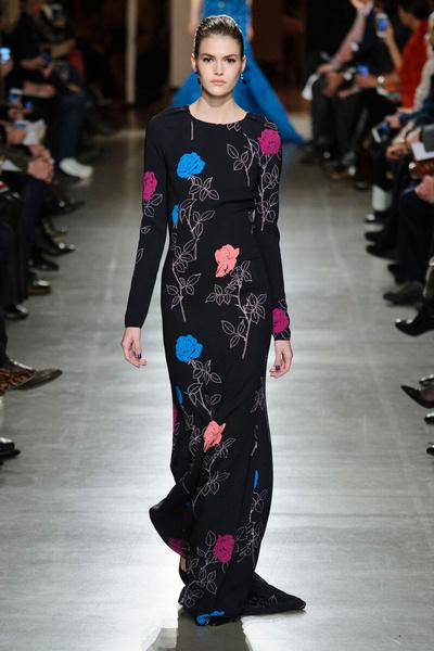 Показ Oscar de la Renta на Неделе моды в Нью-Йорке | галерея [1] фото [17]