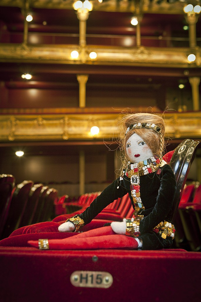 Кукла от Chanel