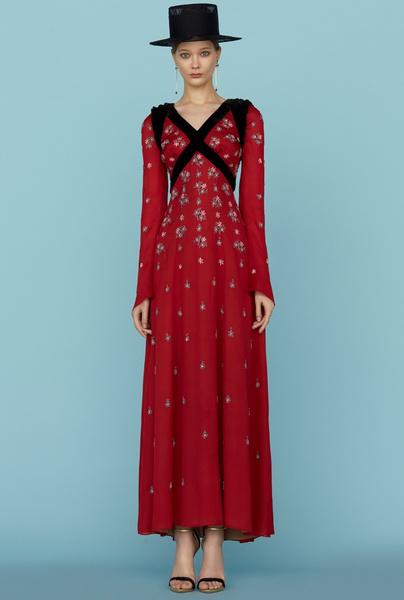 Ульяна Сергеенко представила новую коллекцию на Неделе высокой моды в Париже | галерея [1] фото [8]