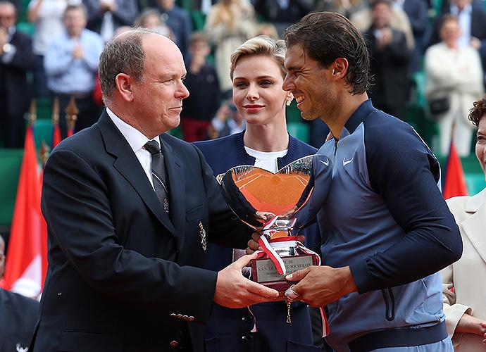 Князь Монако Альбер II, княгиня Шарлен и теннисист Рафаэль Надаль
