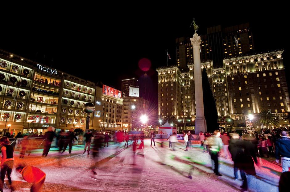 Семь мест для катания на коньках в России
