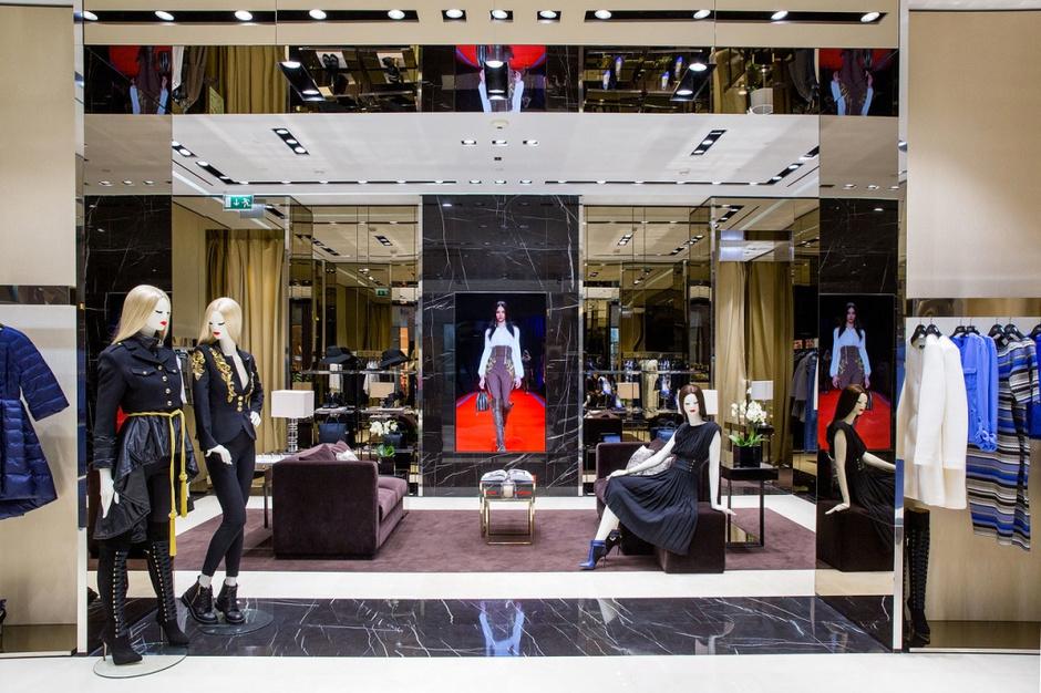 У Elisabetta Franchi появился первый флагманский бутик в Москве