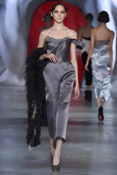 Показ Ulyana Sergeenko Couture на Неделе Высокой моды в Париже