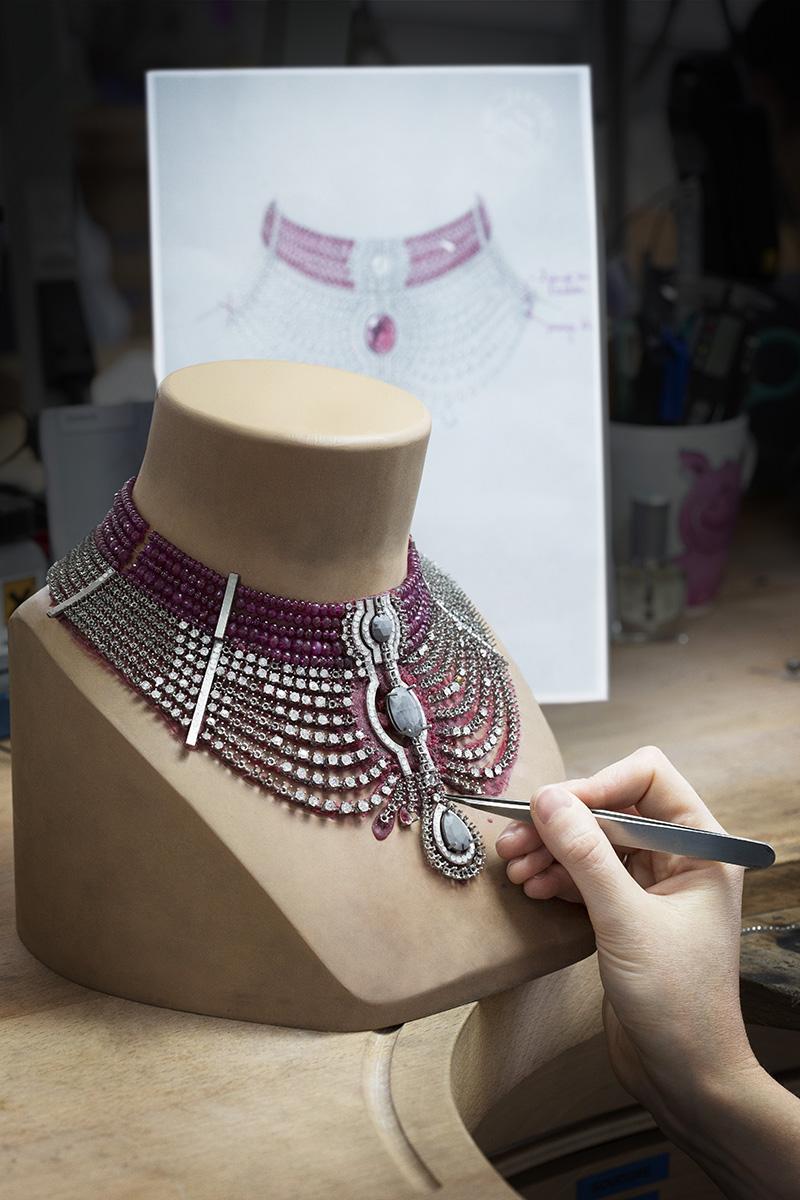 Колье Cartier Royal в африканском стиле с мозамбикским рубином весом 15,29 карата