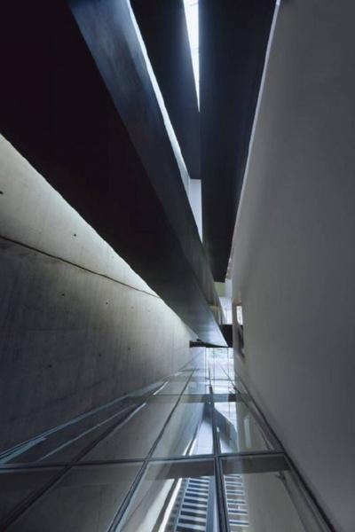 Проснулся знаменитым: первые проектызвезд архитектуры | галерея [1] фото [10]