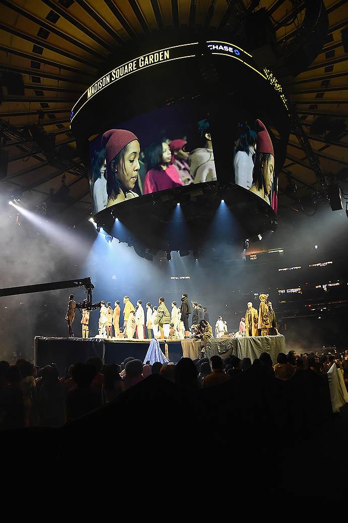 Показ Канье Уэста Yeezy Season 3 в Нью-Йорке