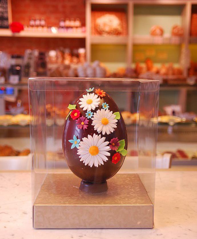 Куличи и шоколадные яйца в «Волконском»