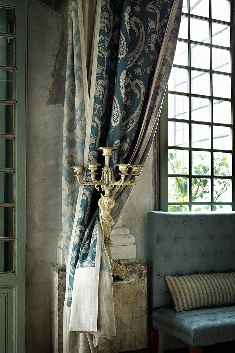 Ткань Chelidonio, лен и хлопок, ручная вышивка.