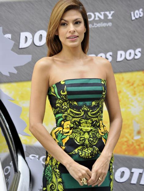 Ева Мендес в платье Prada