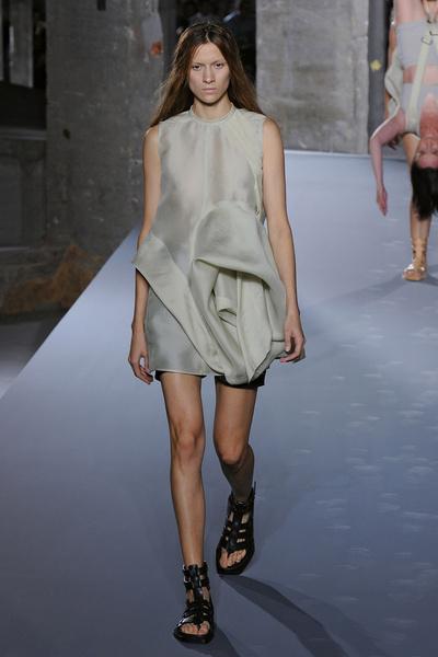 Неделя моды в Париже: день третий | галерея [3] фото [8]