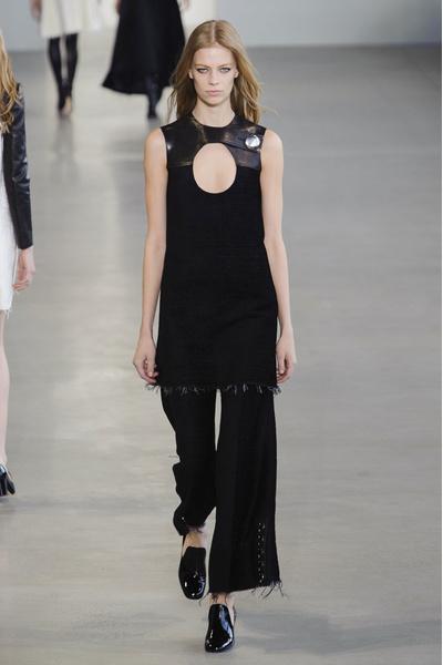 Показ Calvin Klein на Неделе моды в Нью-Йорке | галерея [1] фото [7]