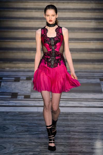 Неделя моды в Лондоне: 21 февраля | галерея [2] фото [12]