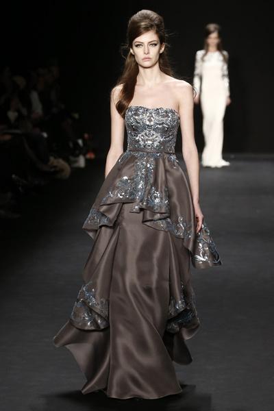 Самые роскошные вечерние платья Недели моды в Нью-Йорке | галерея [1] фото [5]