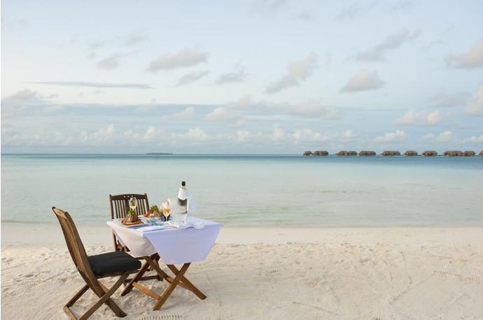 Пляж отеля Conrad Maldives Rangali Island