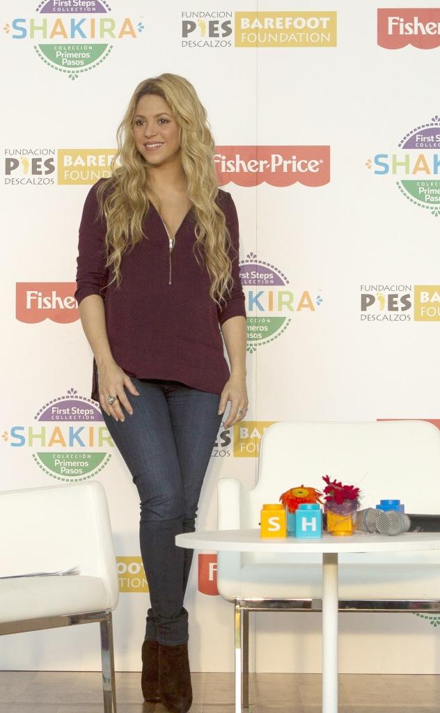 Шакира создала коллекцию игрушек