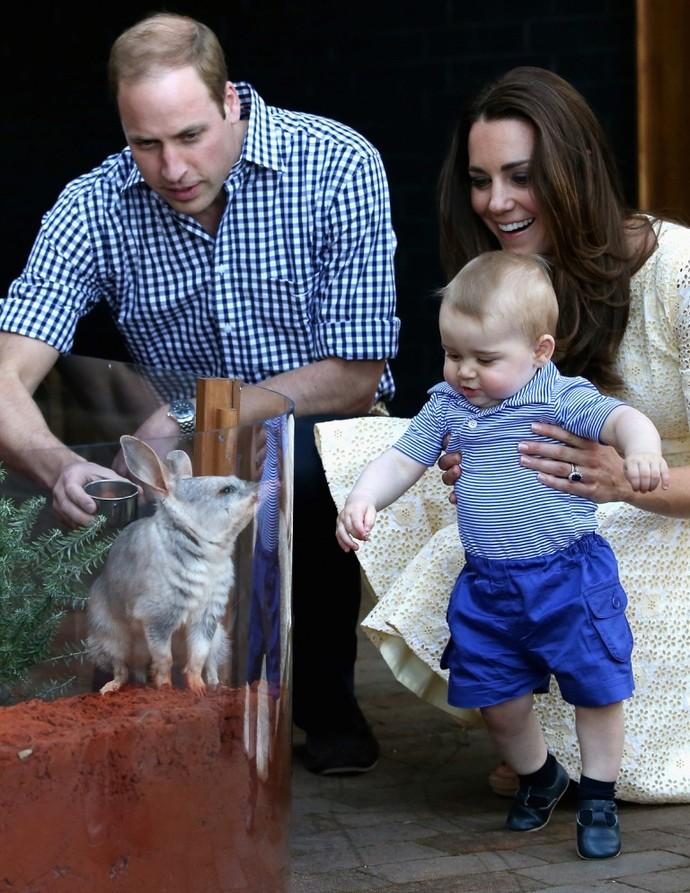 Принц Уильям и Кейт Миддлтон с Георгом