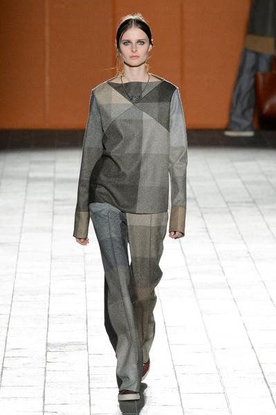 Неделя моды в Лондоне: 22 февраля | галерея [3] фото [5]