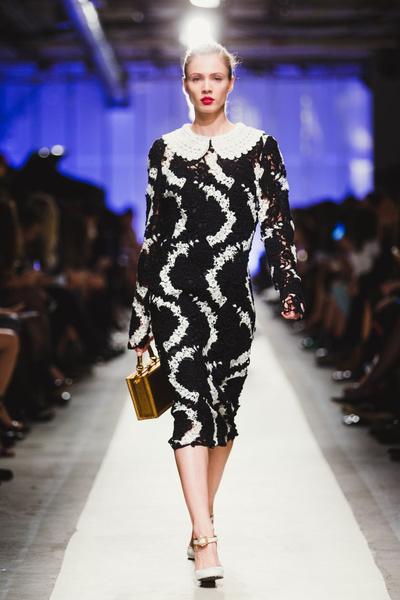 К зиме готовы: модный показ в ЦУМе | галерея [1] фото [11]