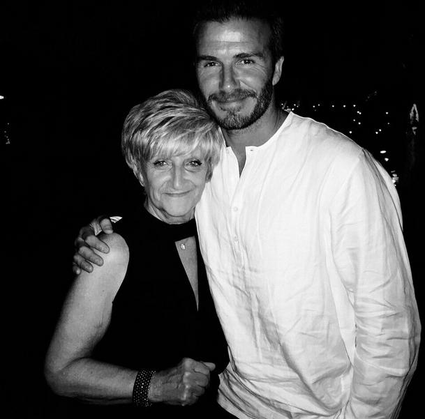 Дэвид Бекхэм с мамой