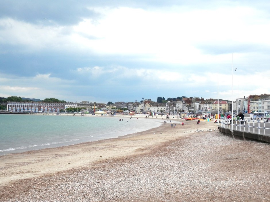 8. Weymouth Beach, Уэймут, Великобритания