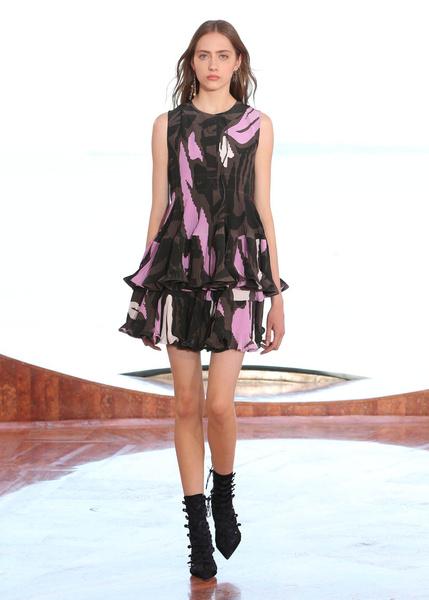Показ круизной коллекции Dior в Каннах | галерея [1] фото [35]