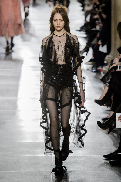 Самые красивые образы Недели моды в Лондоне | галерея [1] фото [25]