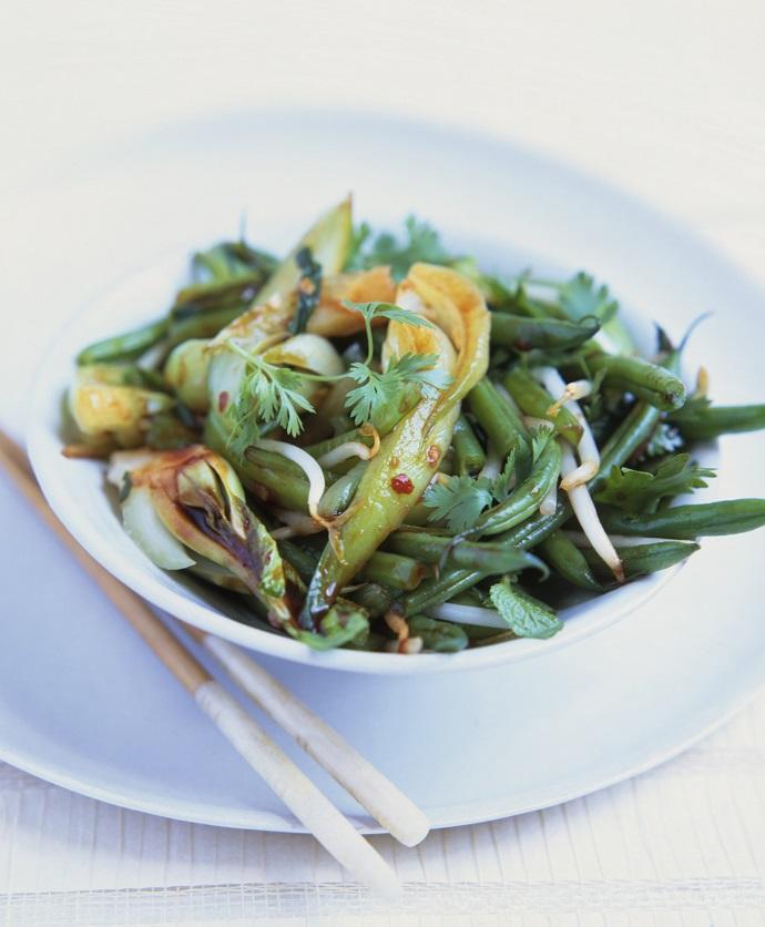 Стир-фрай из зеленой фасоли с имбирем