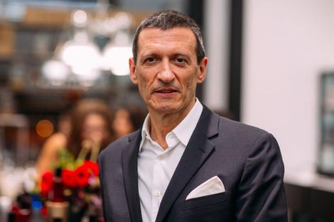 Александр Вриланд представил в Москве коллекцию Diana Vreeland Parfums | галерея [1] фото [4]