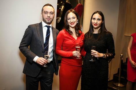 Коктейль из моды и искусства: Escada представила капсульную коллекцию | галерея [2] фото [5]
