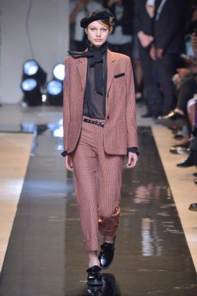 Неделя моды в Париже: показы Alexander McQueen и Paul & Joe ready-to-wear осень — зима 2015-2016 | галерея [2] фото [11]