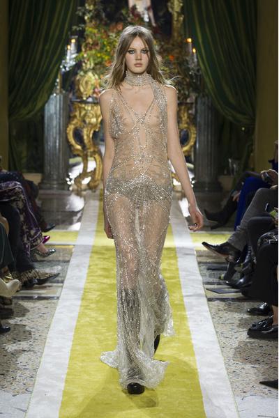 Самые красивые образы Недели моды в Милане | галерея [1] фото [32]