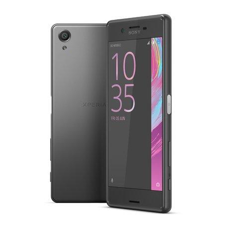 Трое из ларца: новая коллекция смартфонов Sony