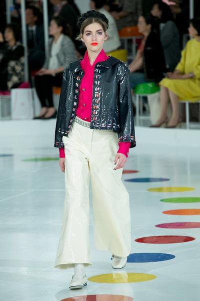 Показ круизной коллекции Chanel в Сеуле | галерея [1] фото [19]