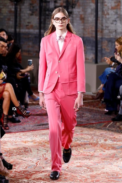 Дом Gucci представил новую круизную коллекцию 2016 | галерея [2] фото [55]