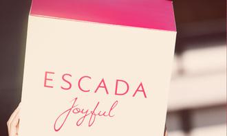 Миранда Керр стала лицом аромата Escada