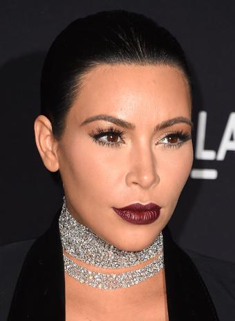 Ким Кардашьян: прическа и макияж