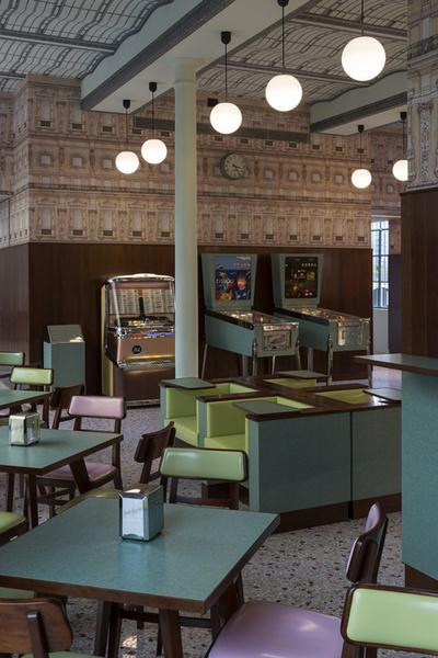 Фонд Prada открывает новую арт-галерею | галерея [1] фото [7]