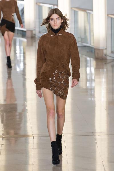 Показ Anthony Vaccarello на Неделе моды в Париже | галерея [2] фото [19]
