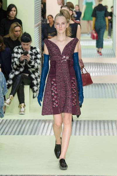 Показ Prada на Неделе моды в Милане | галерея [1] фото [18]